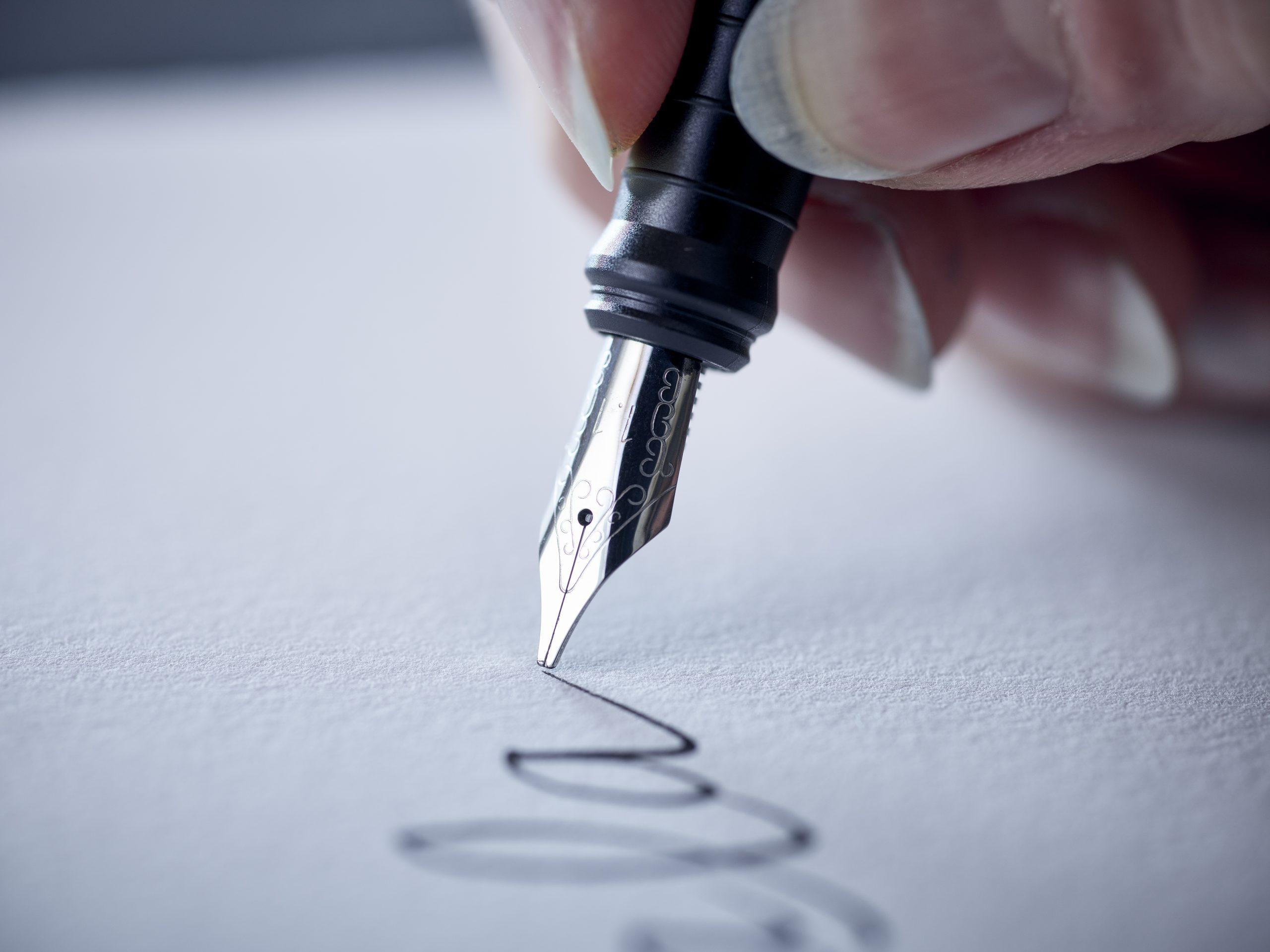 Speedball Calligraphy Pen /& Ink Set-Black